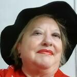 TAROTISTA,INSTRUCTORA ESPIRITUAL - Vicky Psíquica